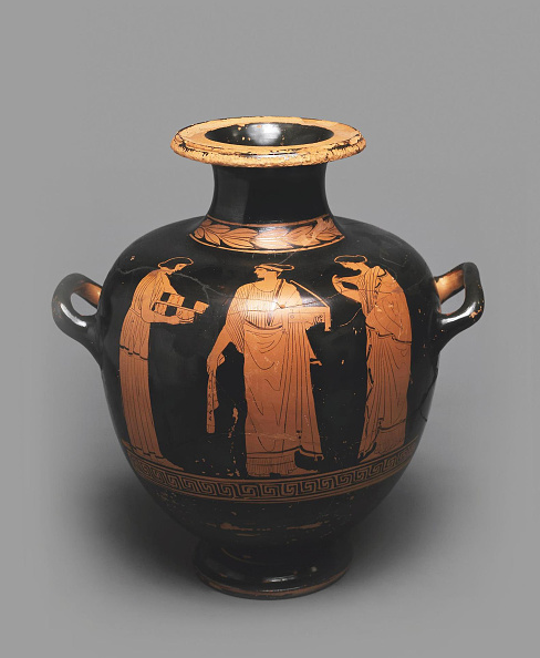 Vase「Hydria (Kalpis) With A Depiction Of A Scene In Gynaeceum」:写真・画像(4)[壁紙.com]