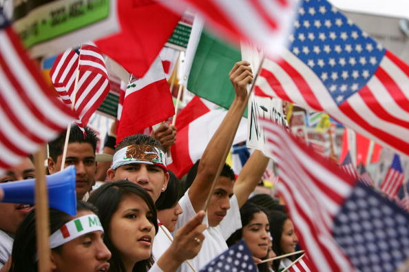 Teenager「Students Rally To Protest Immigration Legislation」:写真・画像(3)[壁紙.com]