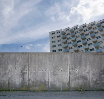 Digital Composite「Building behind a concrete wall, composing」:スマホ壁紙(4)