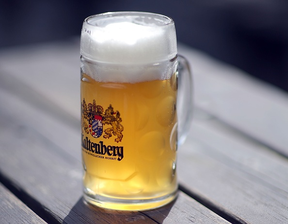 Crockery「Beer Prices To Rise」:写真・画像(1)[壁紙.com]