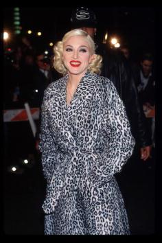 Leopard Print「Madonna Arrives At Her Pajama Party」:写真・画像(14)[壁紙.com]