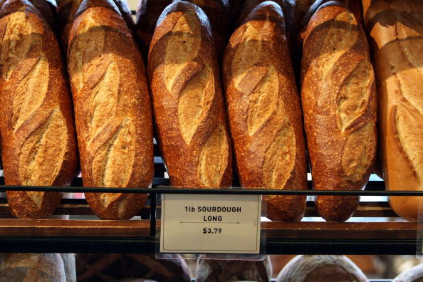 Loaf of Bread「Flour Scarcity Affects San Francisco Sourdough Bread Bakers」:写真・画像(10)[壁紙.com]