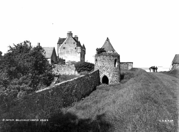 Castle「Ballygally Castle」:写真・画像(18)[壁紙.com]