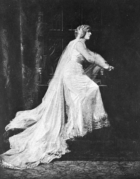 Evening Gown「Alencon Dress」:写真・画像(16)[壁紙.com]