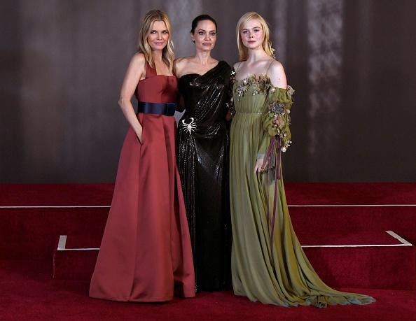 "Elle Fanning「World Premiere Of Disney's ""Maleficent: Mistress Of Evil"" - Red Carpet」:写真・画像(14)[壁紙.com]"