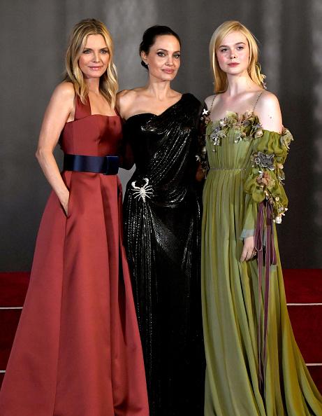 "Elle Fanning「World Premiere Of Disney's ""Maleficent: Mistress Of Evil"" - Red Carpet」:写真・画像(18)[壁紙.com]"