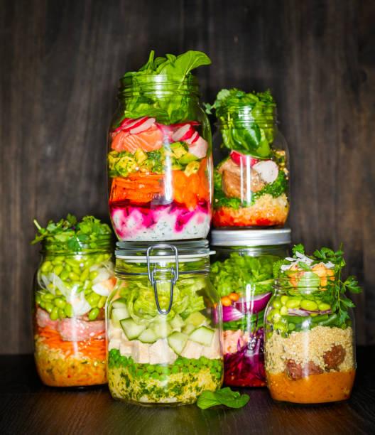 Preserving jars of various salads:スマホ壁紙(壁紙.com)