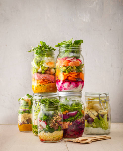 Preserving jars with various salads:スマホ壁紙(壁紙.com)