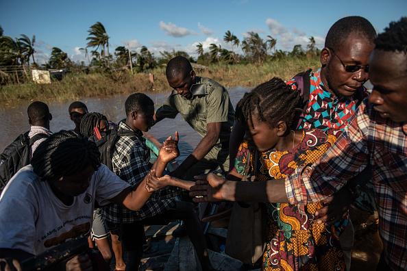 船舶「Mozambique Copes With Aftermath Of Cyclone Idai」:写真・画像(1)[壁紙.com]