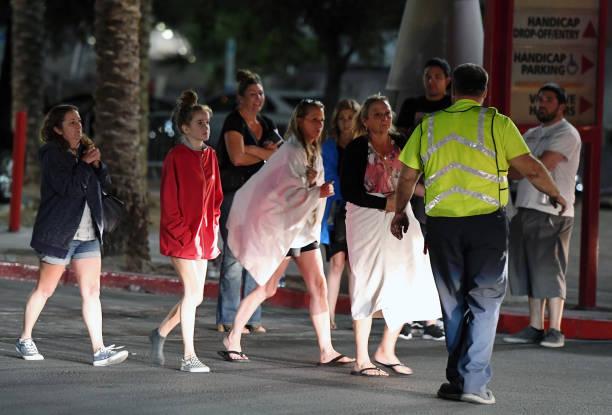 ラスベガス「Mass Shooting At Mandalay Bay In Las Vegas」:写真・画像(2)[壁紙.com]