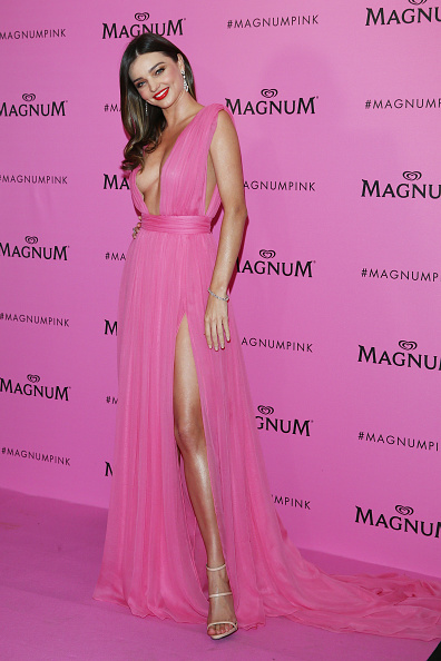 ミランダ・カー「Magnum 'Pink and Black' Party - The 68th Annual Cannes Film Festival」:写真・画像(11)[壁紙.com]