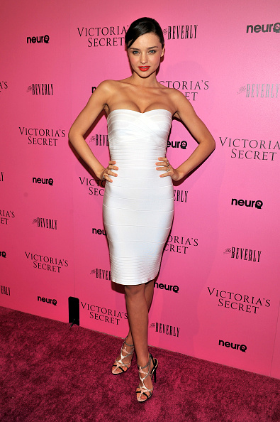 ミランダ・カー「Victoria's Secret's 6th Annual 'What Is Sexy? List: Bombshell Summer Edition' Celebration」:写真・画像(5)[壁紙.com]