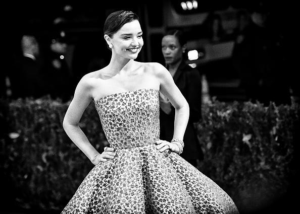Miranda Kerr「'Rei Kawakubo/Comme des Garcons: Art Of The In-Between' Costume Institute Gala」:写真・画像(14)[壁紙.com]