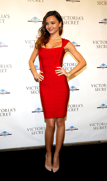 Bandage Dress「Cocktail Party For New Victoria Secret Lexington Avenue Flagship Store」:写真・画像(1)[壁紙.com]