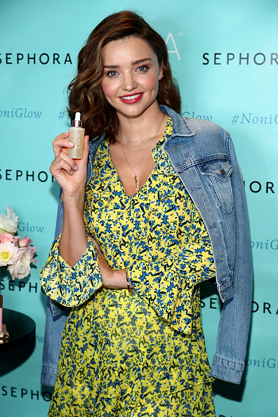 ミランダ・カー「Miranda Kerr Celebrates U.S. Arrival Of Her KORA Organics Brand At Sephora Times Square」:写真・画像(16)[壁紙.com]
