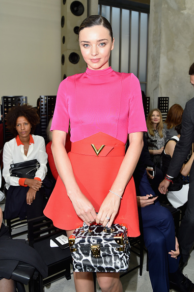 Miranda Kerr「Louis Vuitton : Front Row  - Paris Fashion Week Womenswear Spring/Summer 2017」:写真・画像(15)[壁紙.com]