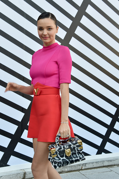 Miranda Kerr「Louis Vuitton : Front Row  - Paris Fashion Week Womenswear Spring/Summer 2017」:写真・画像(11)[壁紙.com]
