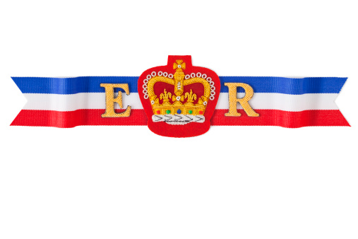 Embroidery「Royal Ribbon」:スマホ壁紙(4)