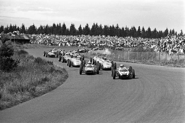 Germany「Jack Brabham, Stirling Moss, Jo Bonnier, Dan Gurney, Grand Prix Of Germany」:写真・画像(3)[壁紙.com]