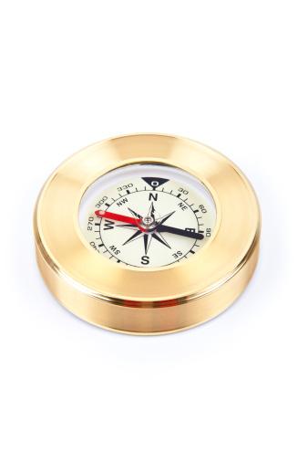 探求「Gold compass on a white background」:スマホ壁紙(17)