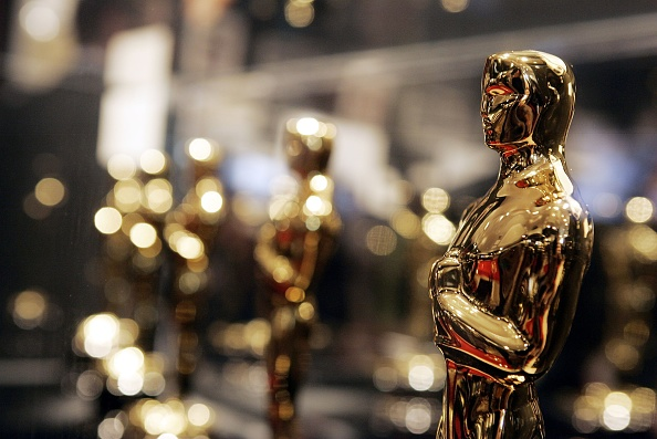 Extreme Close-Up「Oscar Statuette Exhibit Opening」:写真・画像(1)[壁紙.com]