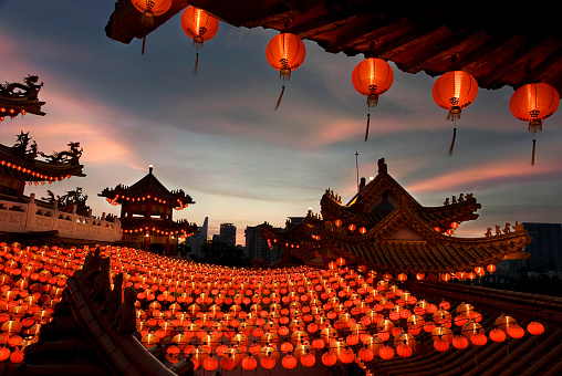 Chinese Lantern「Scene of chinese temple with lanterns」:スマホ壁紙(8)