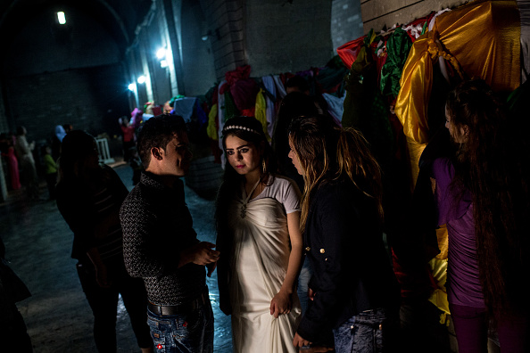 Cultures「Yazidis Attend Friday Rituals As Mosul Offensive Continues」:写真・画像(8)[壁紙.com]