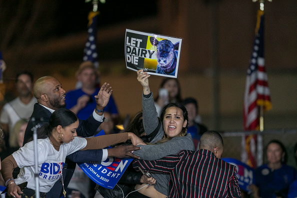 Super Tuesday「Presidential Candidate Joe Biden Holds Super Tuesday Night Campaign Event In Los Angeles」:写真・画像(11)[壁紙.com]