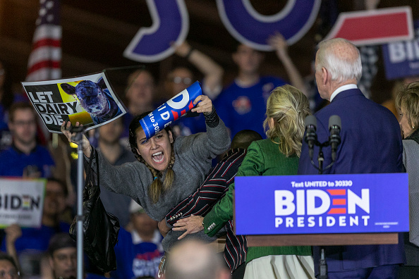 Super Tuesday「Presidential Candidate Joe Biden Holds Super Tuesday Night Campaign Event In Los Angeles」:写真・画像(15)[壁紙.com]