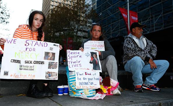 Daniel Munoz「Vigil Held For Bali Nine Pair On Execution Day」:写真・画像(2)[壁紙.com]