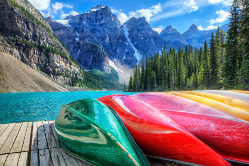 Moraine Lake「Cayaks on the Moraine Lake」:スマホ壁紙(7)