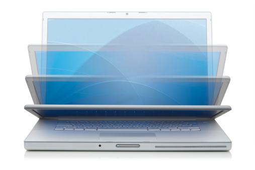 Closed「Aluminium Laptop Closing」:スマホ壁紙(10)