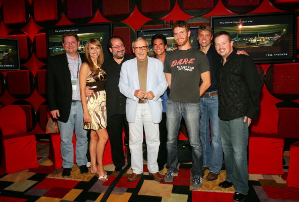 Nathan Burton「2007 CineVegas Planet Hollywood Party Sponsored By VitaminWater」:写真・画像(19)[壁紙.com]