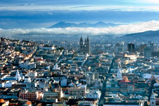 Capital Cities「Ecuador, Quito, Cityscape, elevated view」:スマホ壁紙(4)