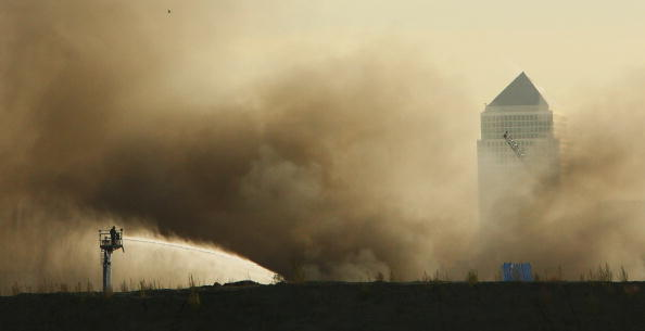 2012 Summer Olympics - London「Thick Black Smoke Over London Skyline」:写真・画像(9)[壁紙.com]