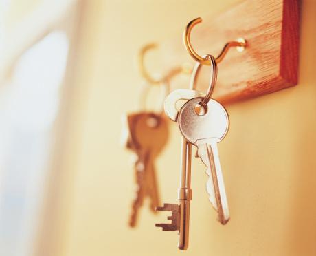 Rack「Keys Hanging on Key Rack」:スマホ壁紙(8)