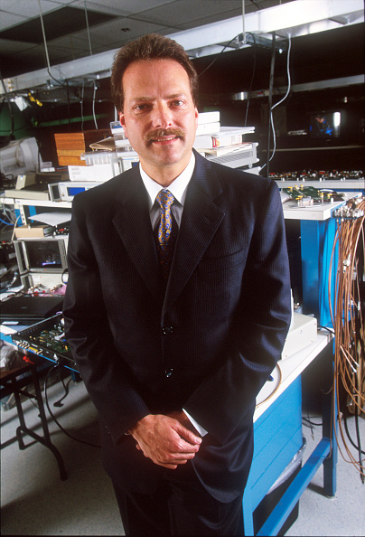 Silicon「Henry Samueli CTO and VP of R&Dat Broadcom Corporation」:写真・画像(8)[壁紙.com]