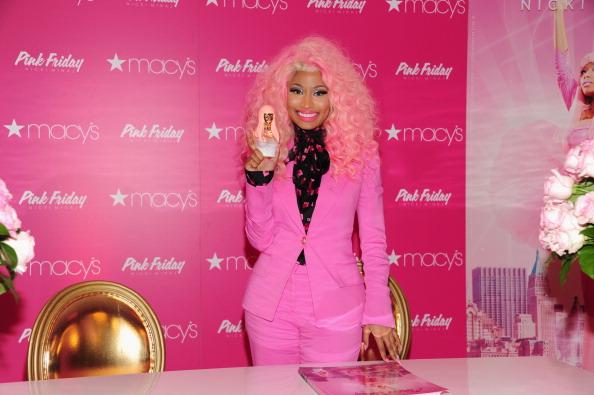 Perfume「Pink Friday Fragrance Launch」:写真・画像(17)[壁紙.com]