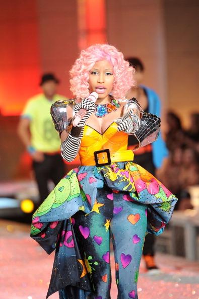 Mini Dress「2011 Victoria's Secret Fashion Show - Performance」:写真・画像(7)[壁紙.com]