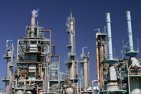 USA「Oil Prices Rise As BP Shuts Pipeline」:写真・画像(8)[壁紙.com]