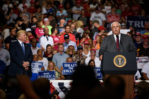 Huntington - West Virginia「President Trump Holds Rally In Huntington, West Virginia」:写真・画像(13)[壁紙.com]
