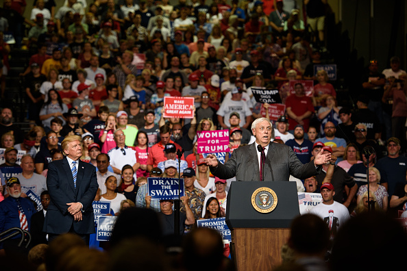 Huntington - West Virginia「President Trump Holds Rally In Huntington, West Virginia」:写真・画像(0)[壁紙.com]