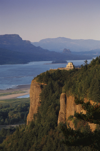 Crown Point「Crown Point on the Columbia River」:スマホ壁紙(11)