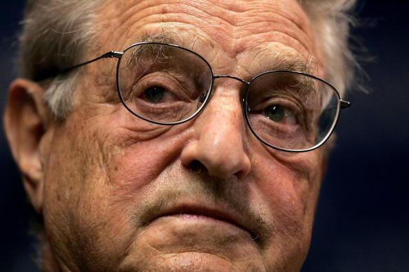 Win McNamee「George Soros Speaks At Carnegie Endowment」:写真・画像(11)[壁紙.com]