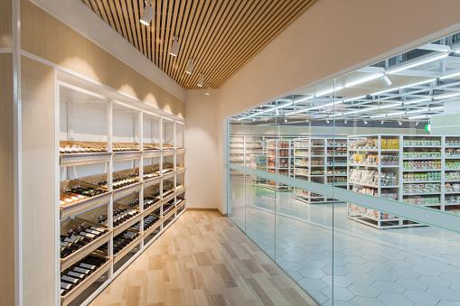 Beijing「View of wine cellar storage area in supermarket」:スマホ壁紙(2)
