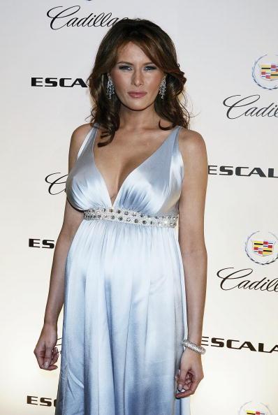 North America「Melania Trump Hosts NY Premiere of the 2007 Cadillac Escalade」:写真・画像(4)[壁紙.com]