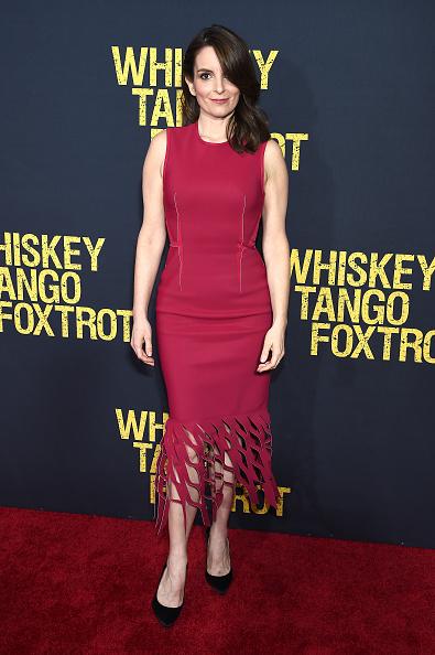 1人「'Whiskey Tango Foxtrot' World Premiere - Arrivals」:写真・画像(8)[壁紙.com]