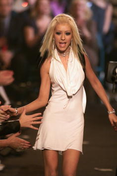 Halter Top「2000 Billboard Music Awards」:写真・画像(2)[壁紙.com]