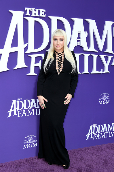"""Christina Aguilera「Premiere Of MGM's """"The Addams Family"""" - Arrivals」:写真・画像(19)[壁紙.com]"""