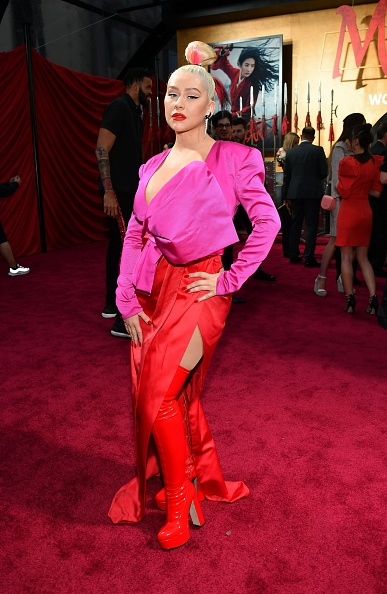 "Hot Pink「Premiere Of Disney's ""Mulan"" - Red Carpet」:写真・画像(10)[壁紙.com]"